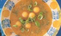 Дынный суп с базиликом