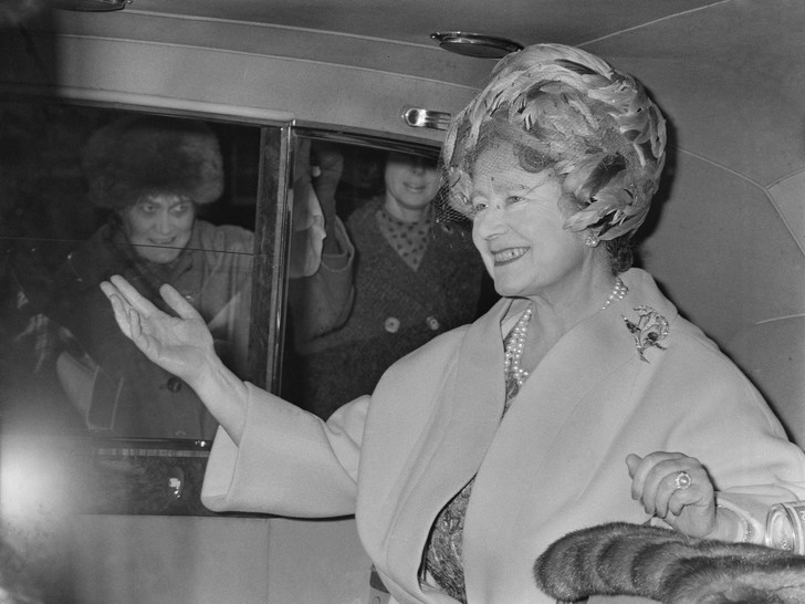 Фото №4 - Конфликт интересов: почему королева-мать была не рада тому, что ее дочь взошла на престол