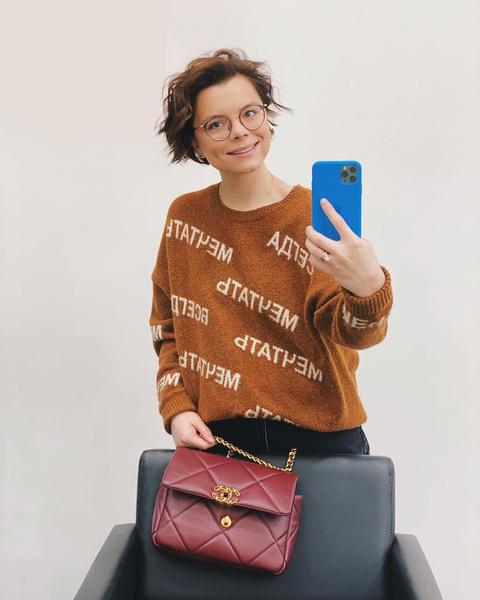 Фото №12 - Из провинциального библиотекаря в леди Шанель: как дорожал «бабушкин стиль» Татьяны Брухуновой