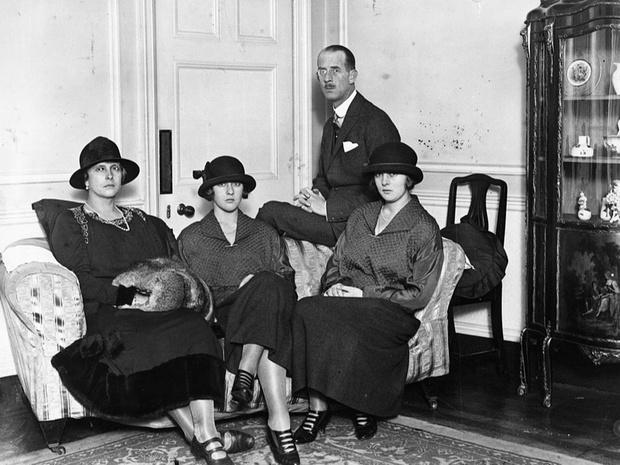 Фото №3 - Семейные тайны: главная причина, почему брак Елизаветы и принца Филиппа мог не состояться