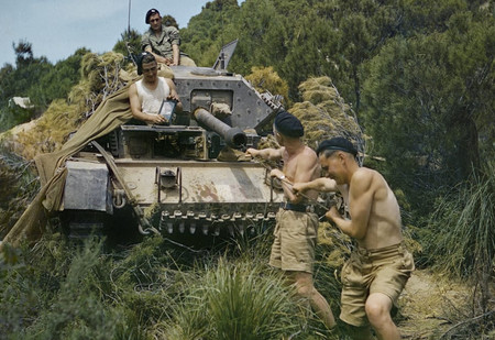 22 завораживающих цветных фото Второй мировой