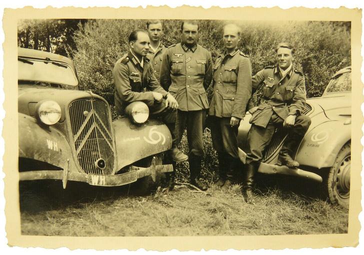 Фото №14 - Что известные автомобильные бренды выпускали во время Второй мировой