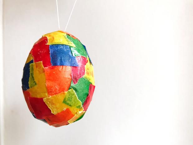 Фото №1 - Пасхальное яйцо-декор: сделайте с детьми