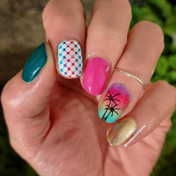 Фото №6 - Skittle nails: 12 идей конфетного маникюра