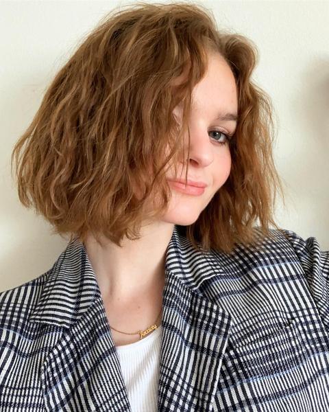 Фото №2 - Все, что ты хотела знать о химической завивке волос в 2021-м