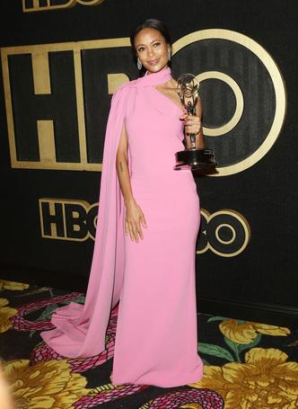 Фото №6 - Звездные платья, которые прославили своих стилистов