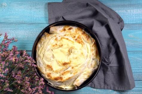 Фото №1 - Готовим за 20 минут с Woman.ru: улитка из лаваша с сыром и зеленью