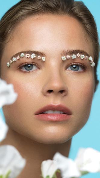 Фото №2 - Биоадаптивная косметика: 13 инновационных средств для идеальной кожи