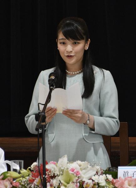 Фото №1 - Японская принцесса откажется от богатств и церемоний ради брака с простолюдином