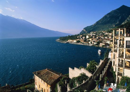 Фото №3 - 10 самых красивых озер в мире