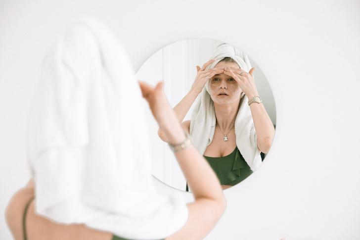 Дерматолог Бортулева рассказала, какие витамины помогут от прыщей на лице и теле