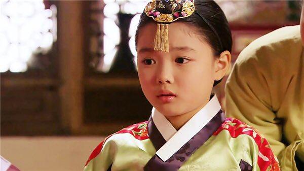 Фото №5 - Pretty Unnie: Личная жизнь, дорамы и интересные факты о Ким Ю Чжон
