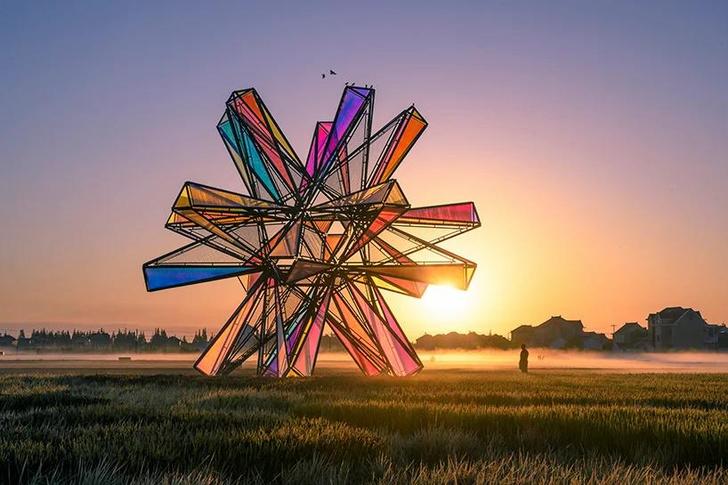 Фото №3 - Pop Star: инсталляция из цветного стекла в Китае