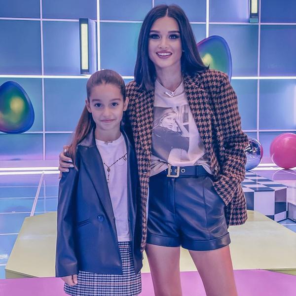 Фото №1 - Бородина подарила дочери на 12-летие подвеску за полмиллиона рублей