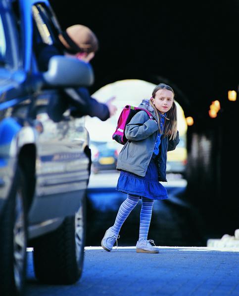 Фото №4 - 5 уроков, которые вы должны объяснить детям, чтобы те никогда не ходили с чужими