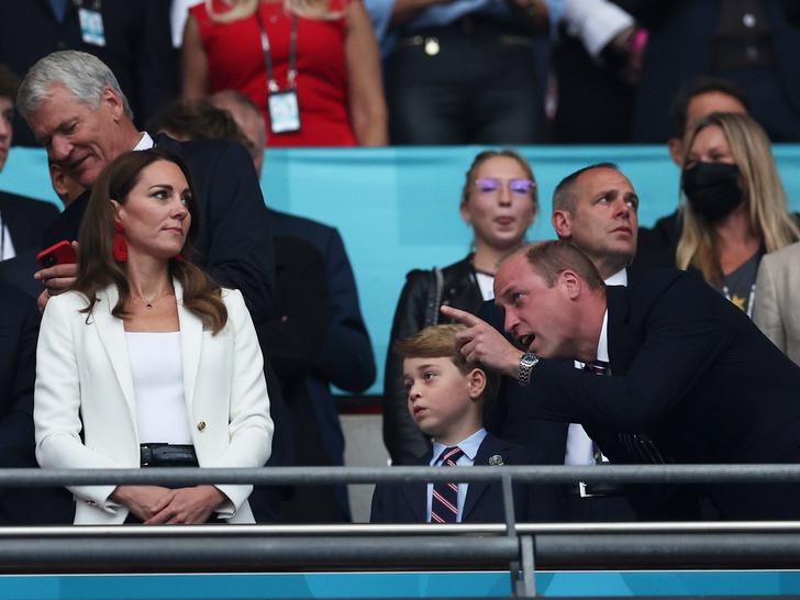 Фото №2 - Особое обращение: как принц Джордж называет отца