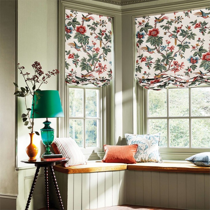 Фото №1 - Как выбрать шторы в спальню: 4 идеи