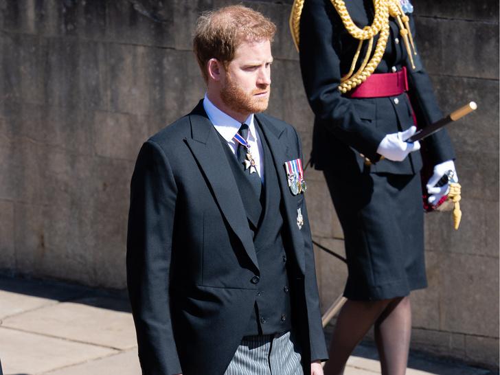 Фото №3 - Почему принц Гарри не увиделся с племянниками, пока был в Англии