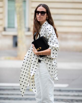 Фото №7 - Как носить принт «горох» и не выглядеть старомодно: 4 стильных способа