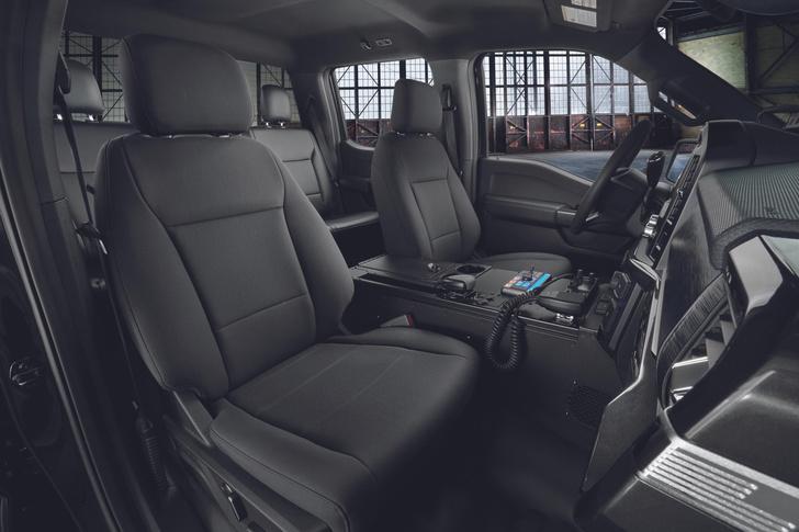 Фото №3 - 200 км/ч по бездорожью: Ford показал новый пикап для копов