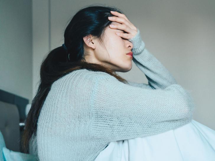 Фото №1 - Опасная ипохондрия: как перестать постоянно искать у себя симптомы разных болезней