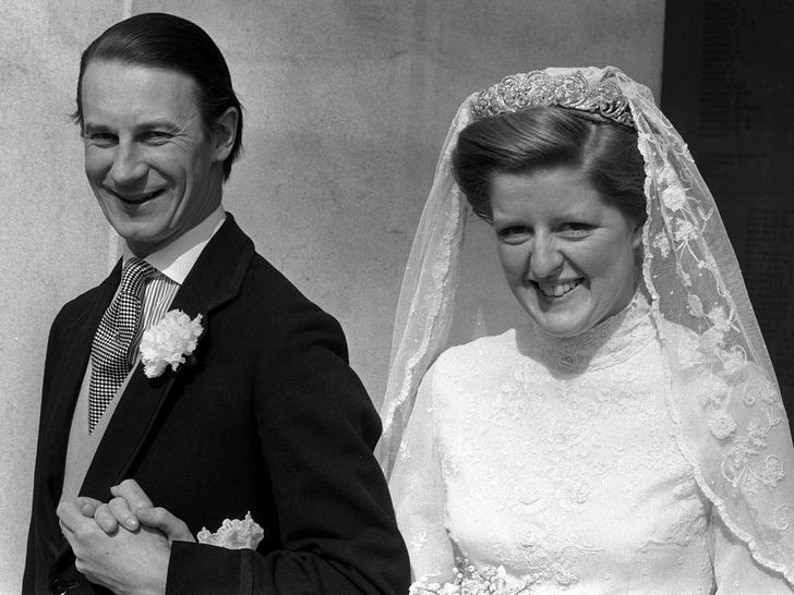 Фото №4 - Символ несчастливого брака: все, что нужно знать о фамильной тиаре Спенсеров