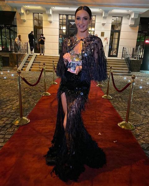 Фото №1 - Топ-5 самых дерзких платьев Оли Бузовой