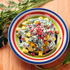Салат со щавелем и зеленым луком