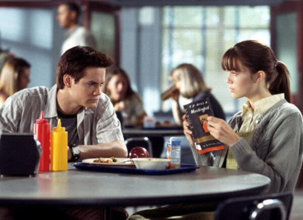Фото №29 - Как в «Золушке»: 16 фильмов о любви популярного парня и обычной девчонки