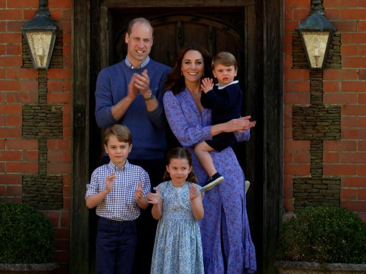 Фото №2 - Смутное будущее: почему Кейт и Уильям беспокоятся за судьбу Джорджа