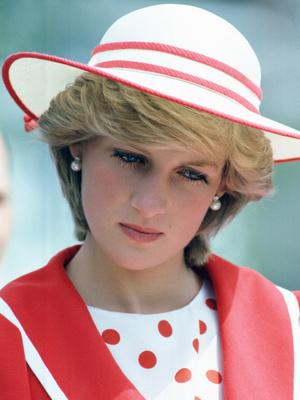 Фото №3 - Удивительное сходство: первое фото Кристен Стюарт в роли принцессы Дианы