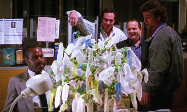 Фото №1 - Ученые разрабатывают идеальный презерватив. Технологии, которые ты можешь вертеть не только в руках
