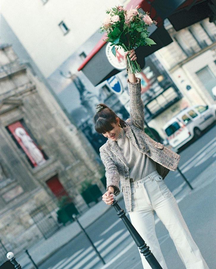 Фото №3 - В зимнем сезоне нам всем нужны классические джинсы цвета экрю, как у француженки Жюли Феррери
