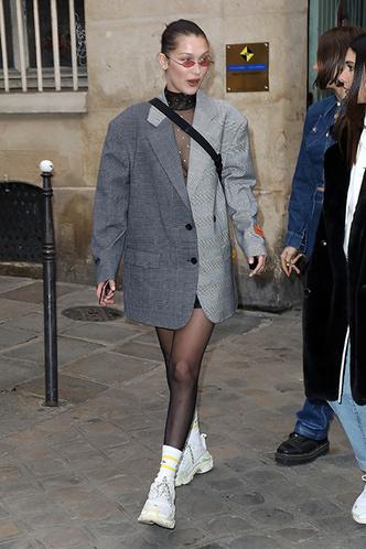 Белла Хадид на Парижской неделе моды