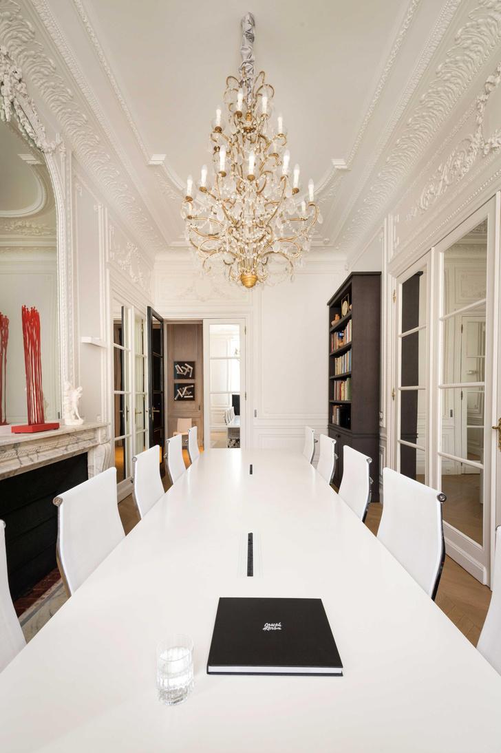 Фото №1 - Парижский офис Жозефа Карама