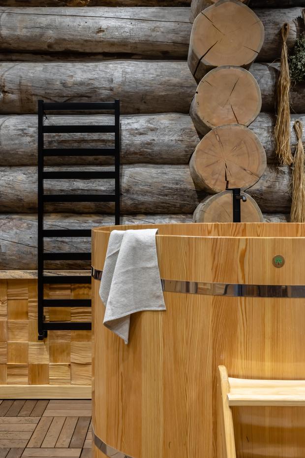 Фото №18 - Деревянная баня с высокотехнологичным дизайном в Подмосковье