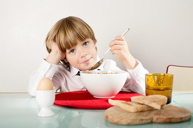 Фото №2 - Учимся правильно кормить первоклассника