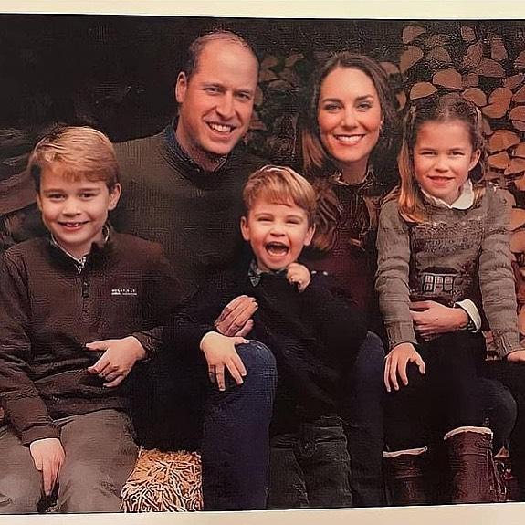 Фото №2 - Все рождественские открытки семьи Миддлтон и Уильяма: 10 фото