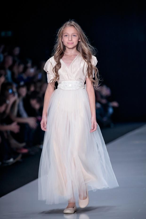 Фото №2 - 1 апреля состоится показ школьных коллекций на Mersedes-Benz Fashion Week Russia