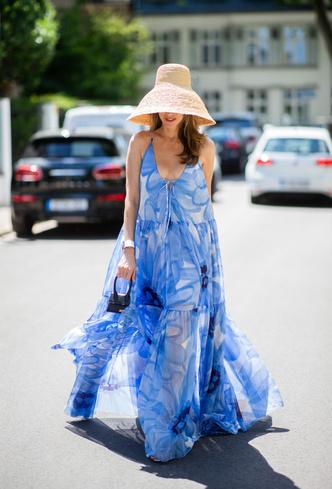 Фото №26 - Для лета и не только: самые модные платья с цветочным принтом