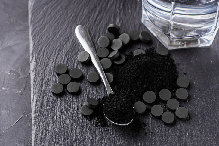 активированный уголь при беременности, можно ли активированный уголь беременным, активированный уголь вред и польза, противопоказания
