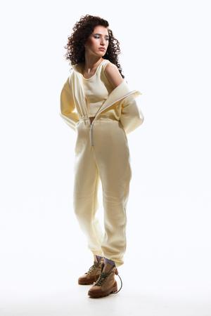 Фото №1 - Соберите свой образ сами: межсезонные новинки от первого в мире конструктора одежды