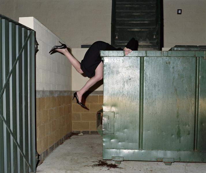 Фото №1 - Нашли на помойке: кто такие фриганы и зачем они питаются мусором