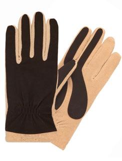 Перчатки Isotoner сохранят тепло и увлажнят кожу рук в зимний период