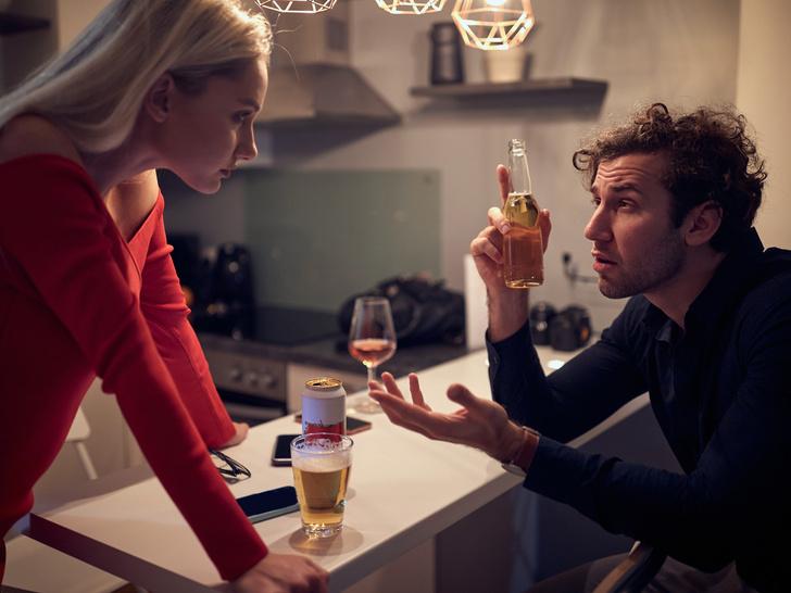 Фото №4 - Как в начале отношений распознать зависимого человека: 5 тревожных «звоночков»