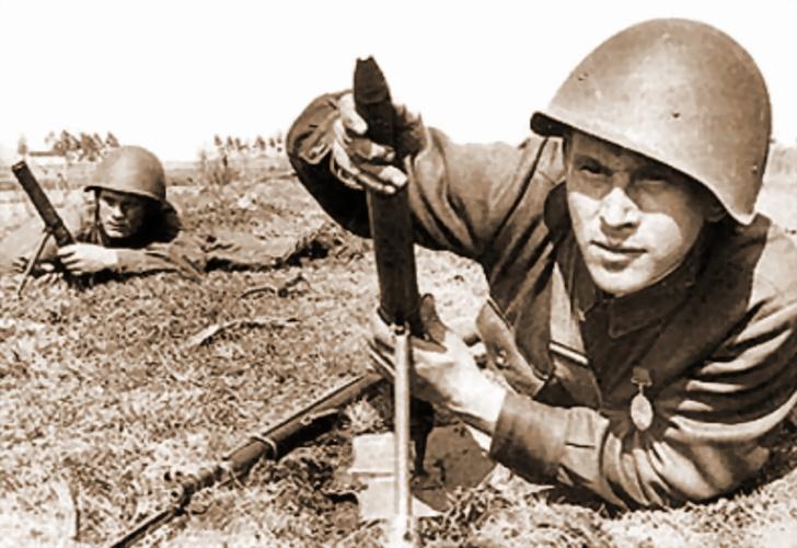 Фото №1 - «У русских и лопата стреляет…» История самого бесполезного советского оружия