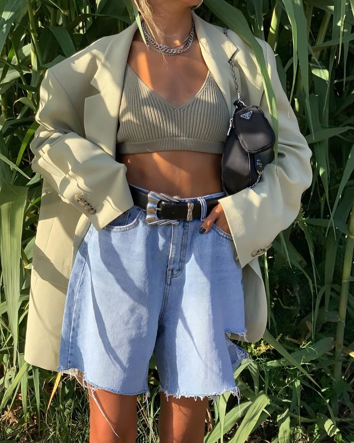 Фото №1 - Солнечная неделя: что носить в теплые осенние дни