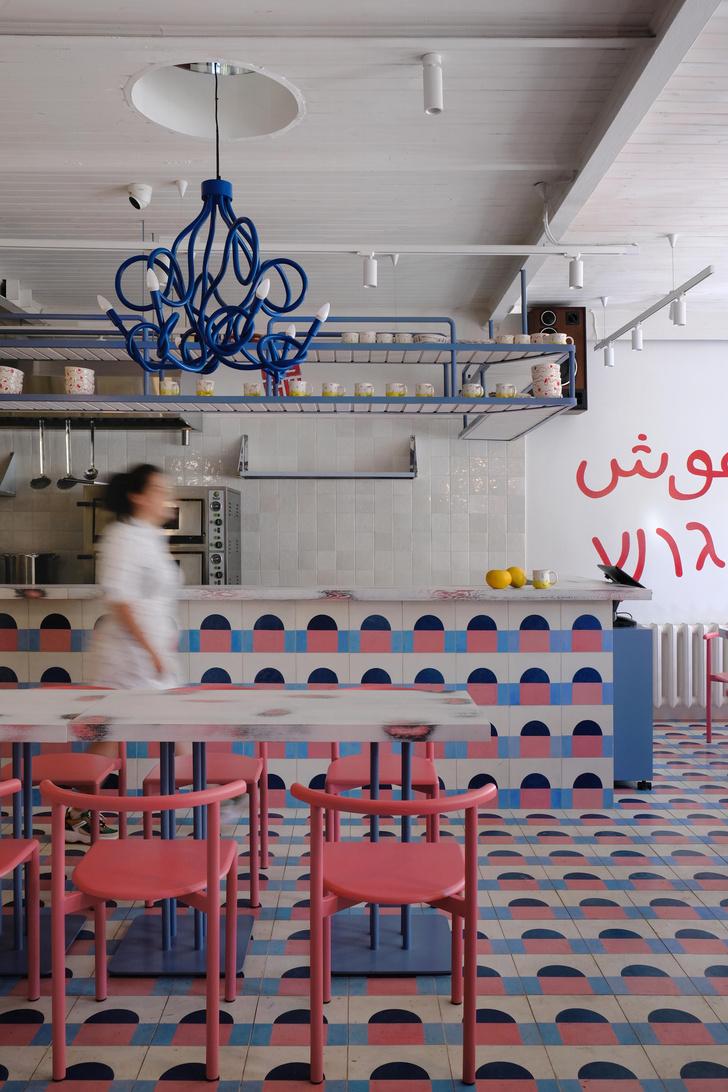 Фото №2 - Яркое кафе «Абу Гош» на Трубной улице