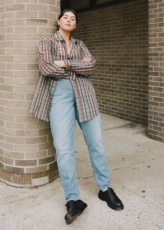 Фото №4 - Осенний гардероб для девушек plus size: 8 вещей на любой случай