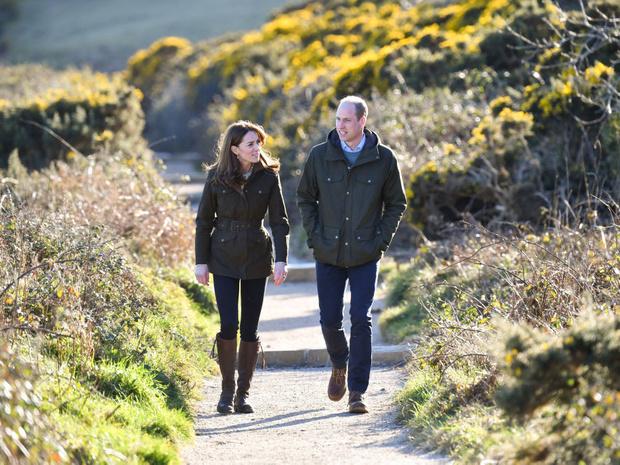 Фото №9 - Реальная любовь: самые трогательные фотографии Кейт и Уильяма